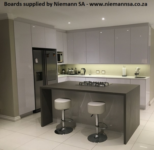 niemann-sa-kitchen-polygloss-u1027-icy-white-2