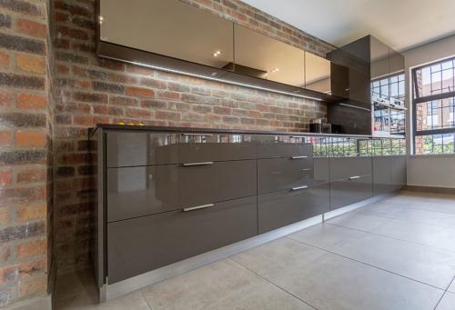 Optima Kitchens 12