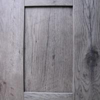COLOUR: GREY OAK SHAKER DOOR R4264
